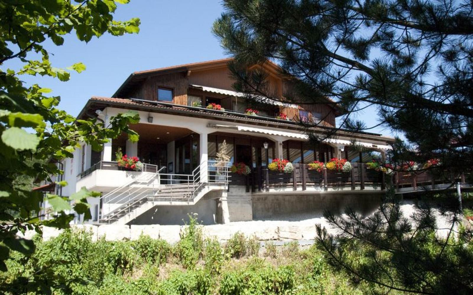 Blaustein Cafes Und Bars