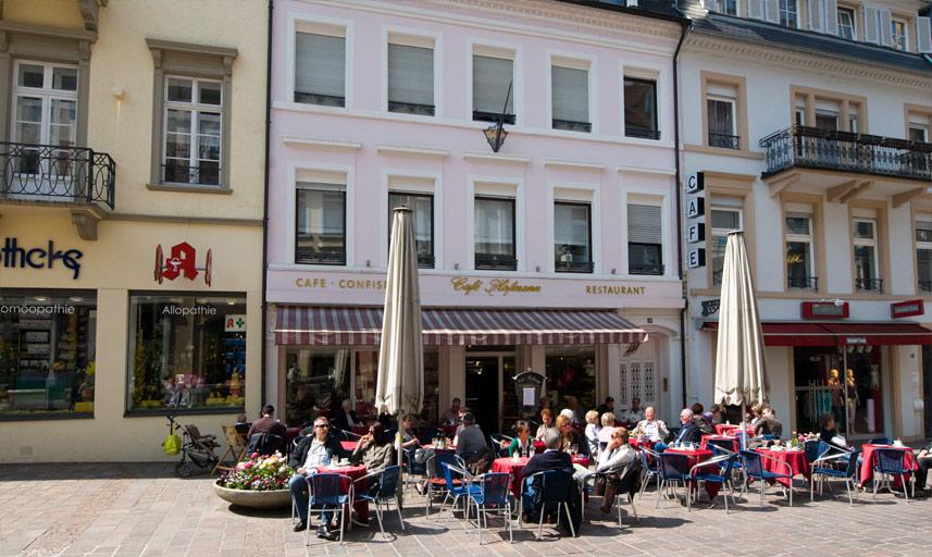 cafe hofmann baden baden caf bistro caf s by gastraum. Black Bedroom Furniture Sets. Home Design Ideas