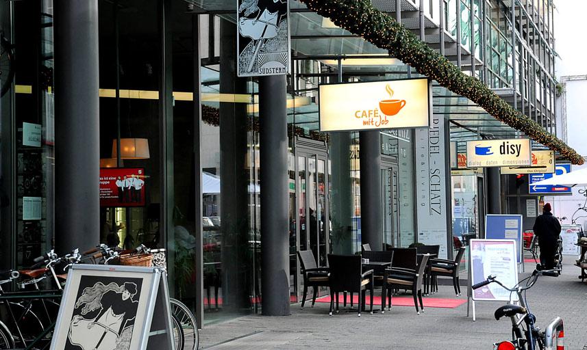 cafe mit job karlsruhe caf bistro caf s by gastraum. Black Bedroom Furniture Sets. Home Design Ideas